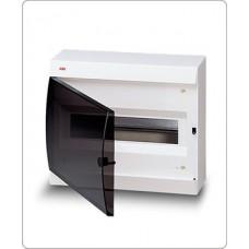 UNIBOX 12m белый с дымчатой дверцей с шинами