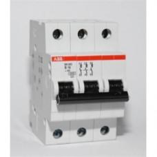 Автоматический выключатель 3-полюса SH203L C10